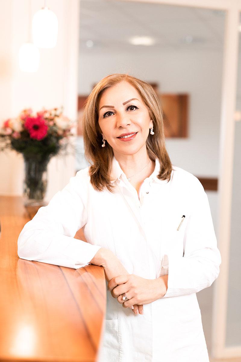 Dr. med. Farzaneh Wienegge
